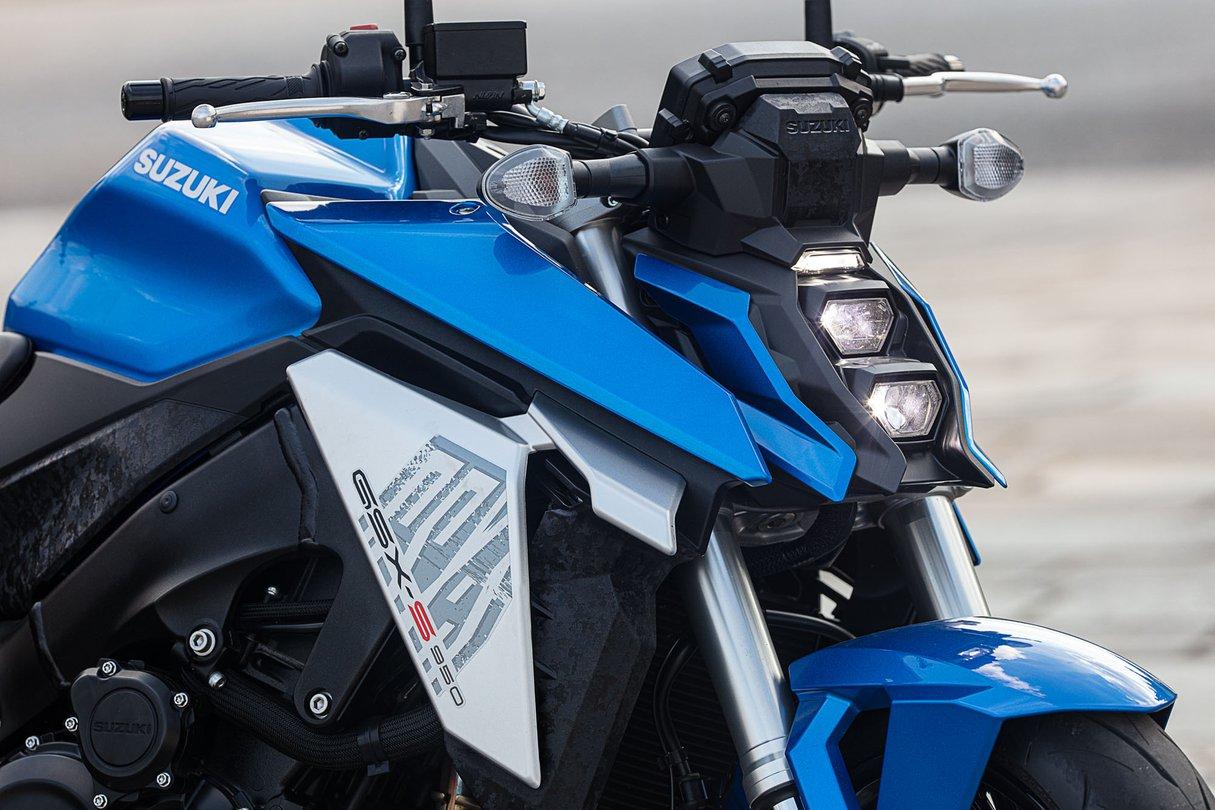 Suzuki_GSX-S950_18